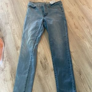 Size 30 Shaping Skinny Levis Jeans